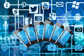 How Does Social Media Affect Teenagers - Empirits